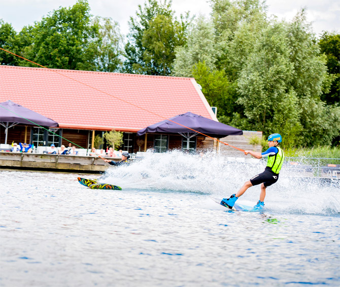 Kosten waterskiën